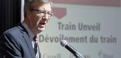 Ottawa Mayor, Jim Watson, introduces the new Alstom Citadis Spirit.