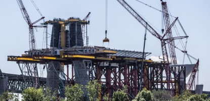 The Main Pylon of the New Champlain Bridge will be 170 metres high upon completion.